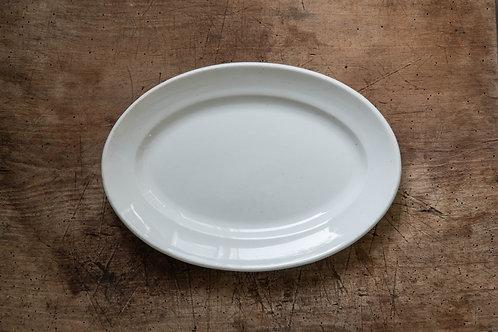 クレイユエモントロー 白いオーバル皿