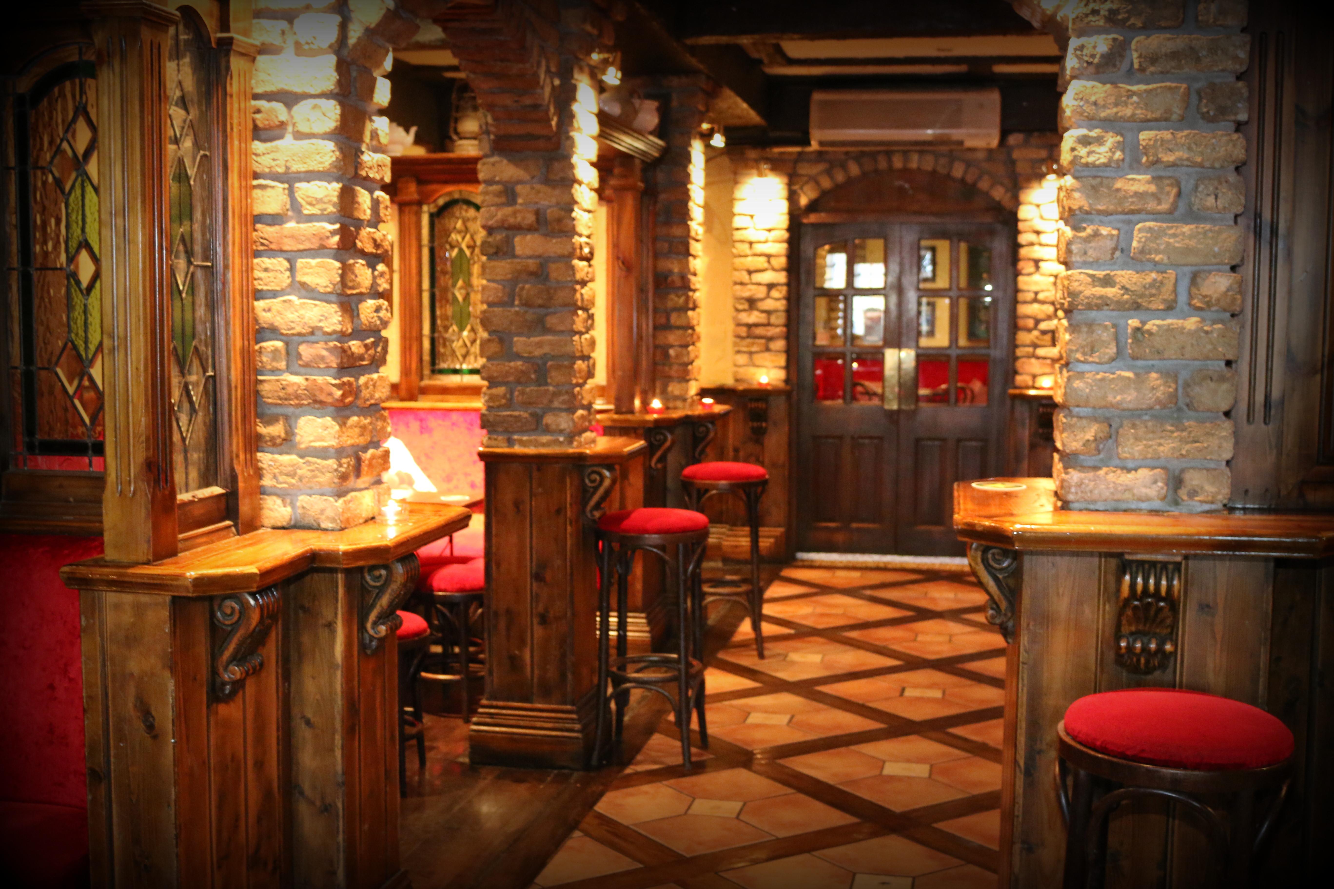 Bar | The Western Hotel