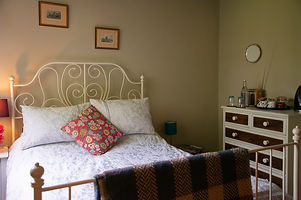 China Farm Barn Bed & Breakfast Canterbury, luxury bedding