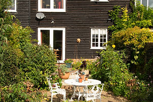 China Farm Barn Bed & Breakfast Canterbury, garden