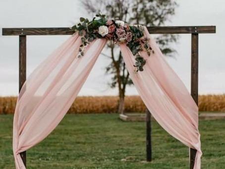 Choosing Your Wedding Arch