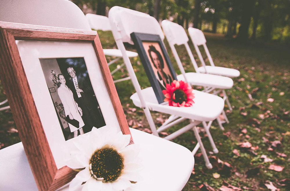 Honoring loved ones at your wedding