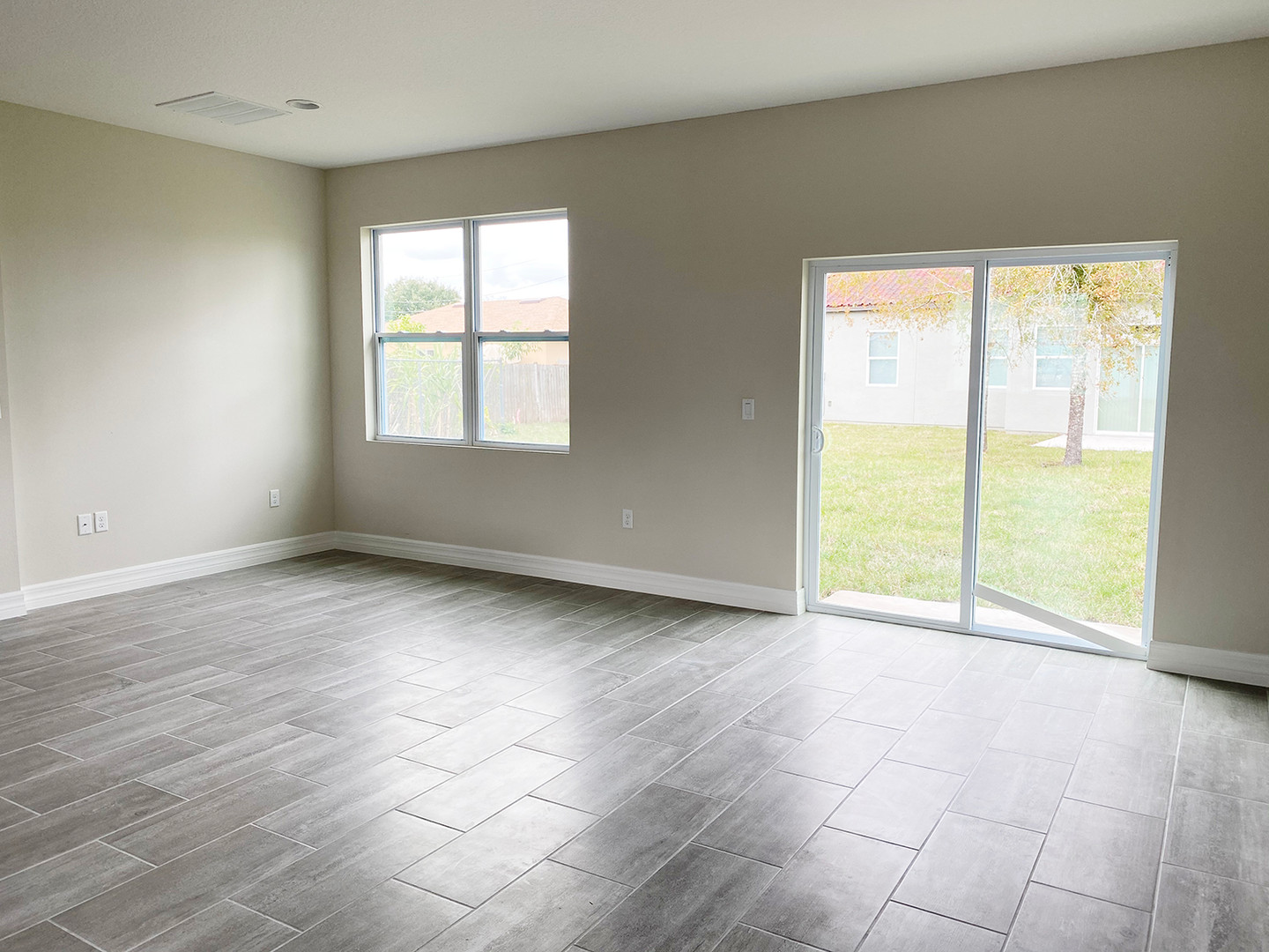 601 Dunlin Lane _ Interior _d.jpg