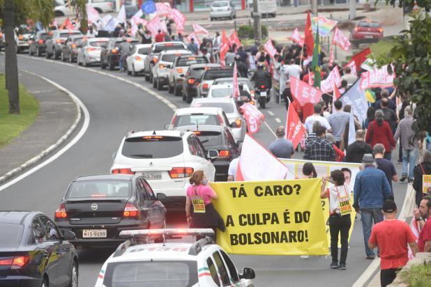 Manifestações contra o governo Bolsonaro ocorrem em diversas capitais