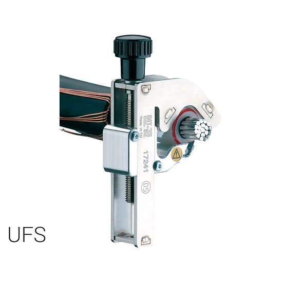 UFS - Tool for chamfering primary insulation