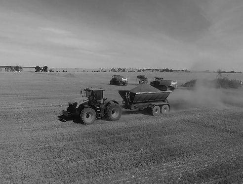 CNE-Farm-sprayers-spreaders-Perth-WA-BW.