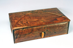 Countess jewelry box Walnut