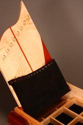 RHYTHM & REDS II NECKLACE POUCH