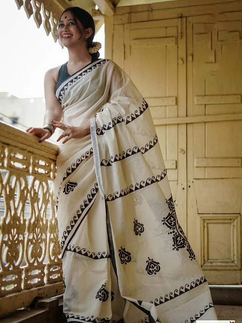 Beautiful linen sarees with traditional royal motifs!!