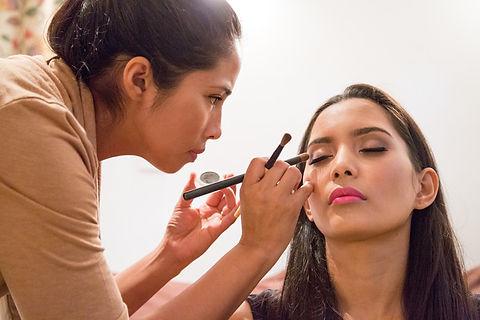 Pretty Natural Contour Makeup - Enhancing Natural Beauty by Cape Town based Makeup Artist Moenieba Solomon