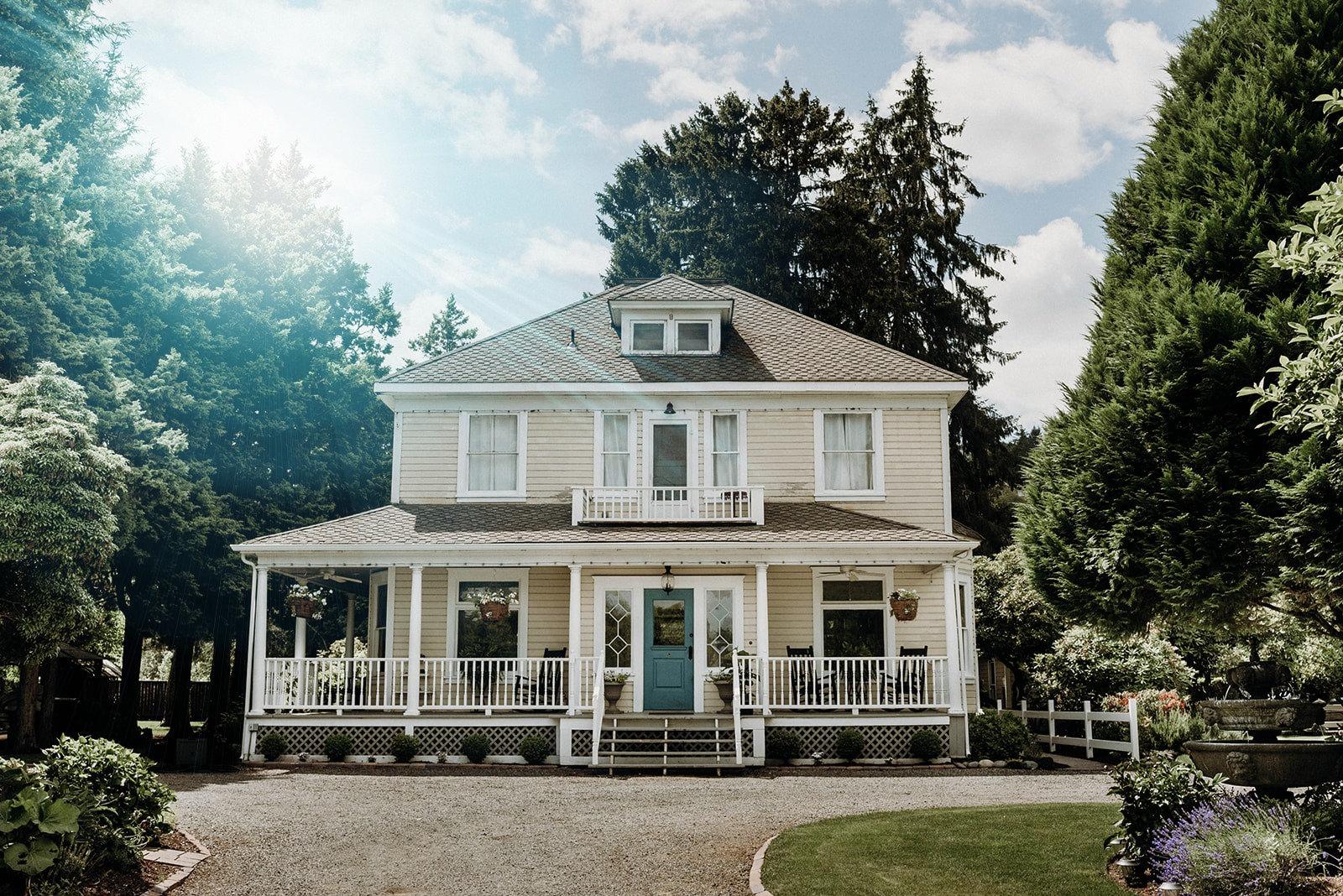 The Historic Farmhouse 14