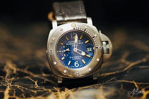 SOLD- Panerai Submersible PAM00087