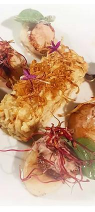 Saint Jacques rôties et risotto de panais à la truffe d'été
