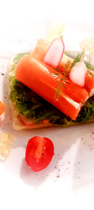 Roulé de truite sur coussin de légumes