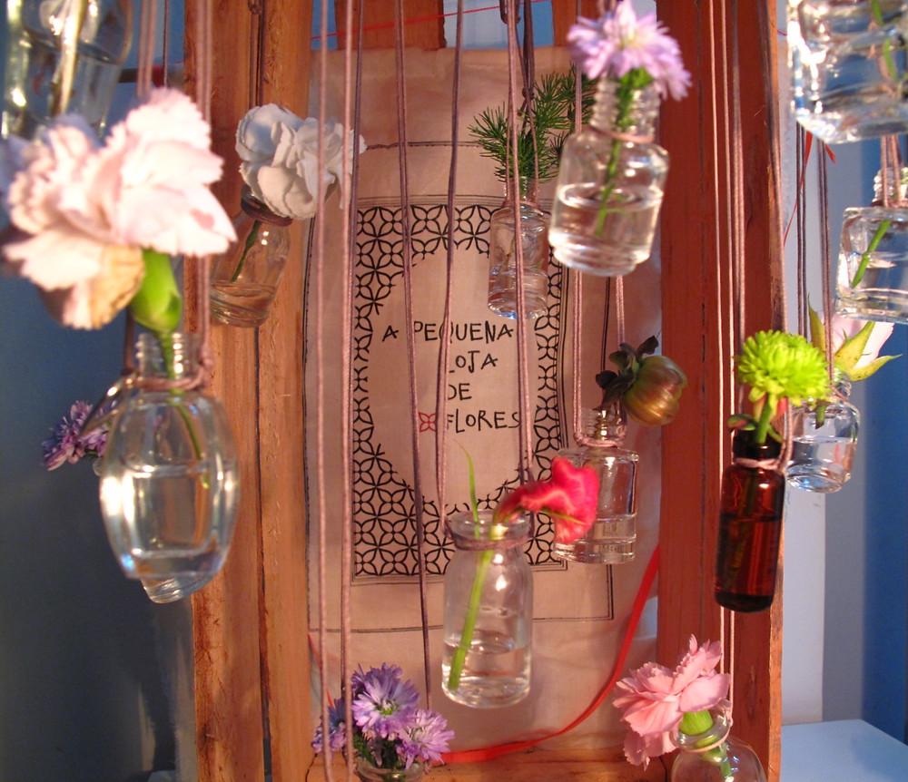 Flores no colar 001.jpg