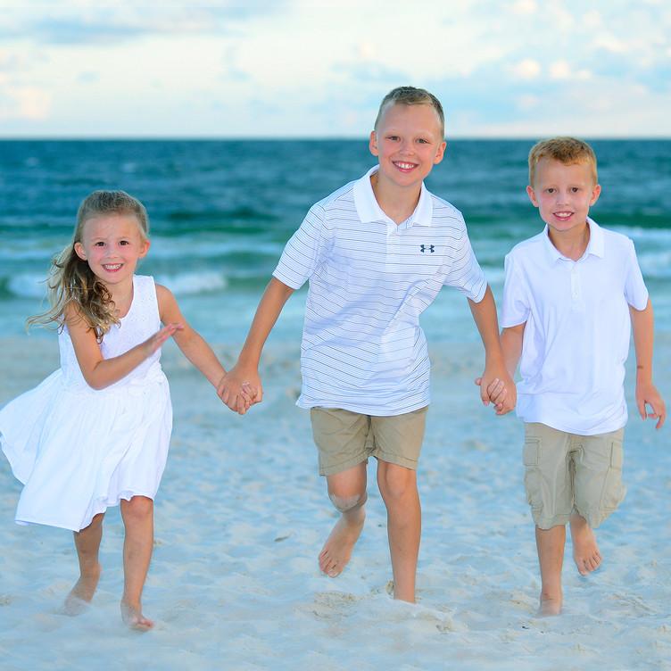Beach Portraits Children Gilf Shores.jpg