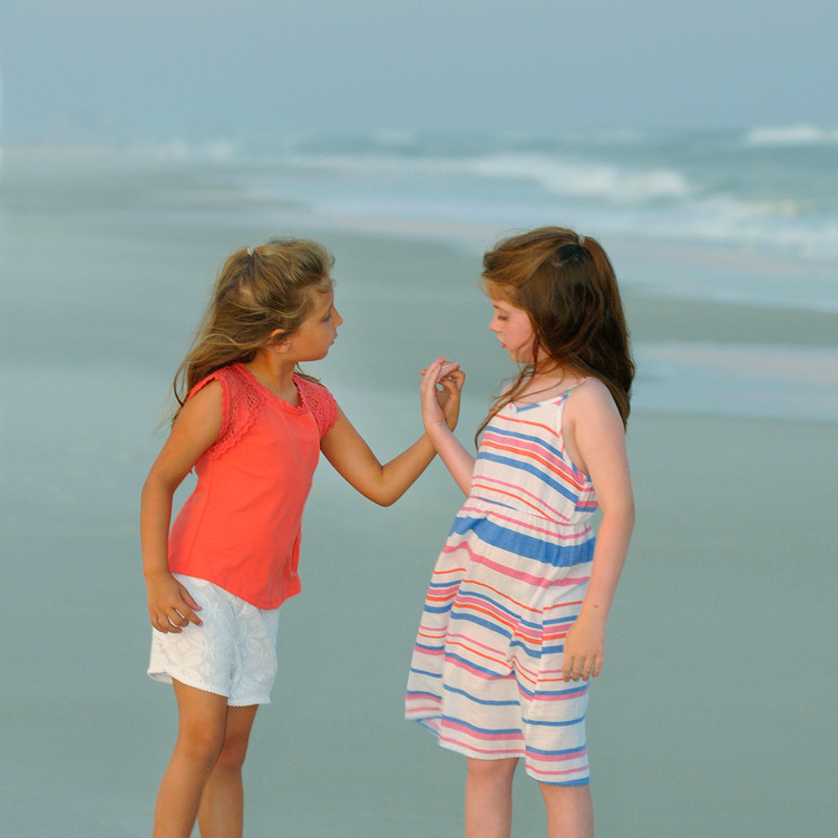 Children Beach Portraits Photographer Gu
