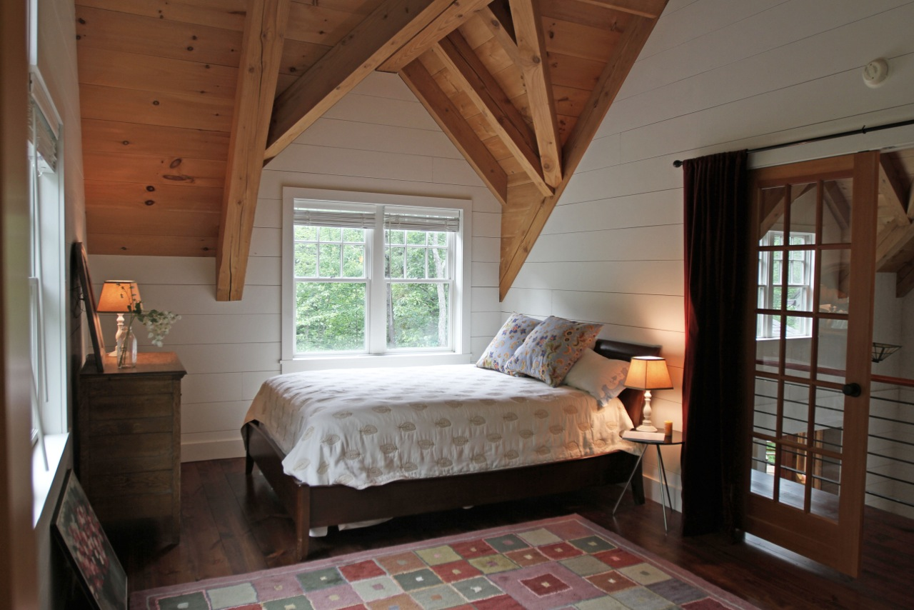 Loft Bedroom2
