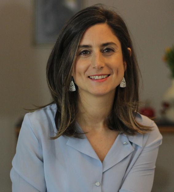 Dr. Zeynep Catay
