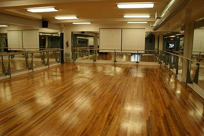 Ballet school in Toronto