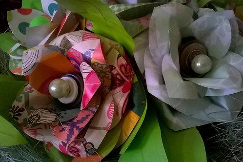 confection d'un bouquet de fleur en carton le samedi 18 mars