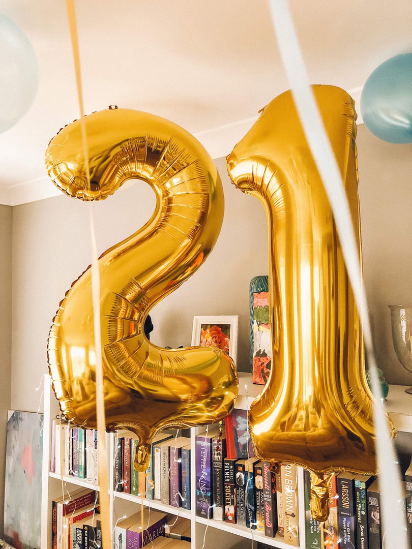 Balões de letras e números