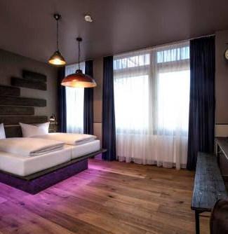01-businesshotel-stuttgart-hotel-zuffenh