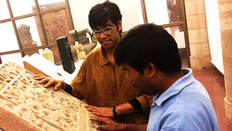 Siddhant-Shah-with-a-Visually-Impaired-v