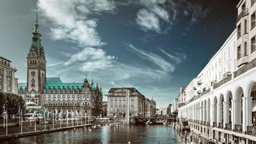 Rechtsanwälte (m/w/d) für den Bereich IP und IT in Hamburg