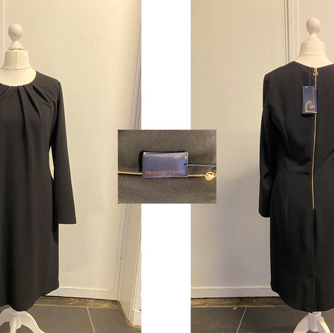 Trussardi jeans maat: 40  prijs: 95€  ref. 00866