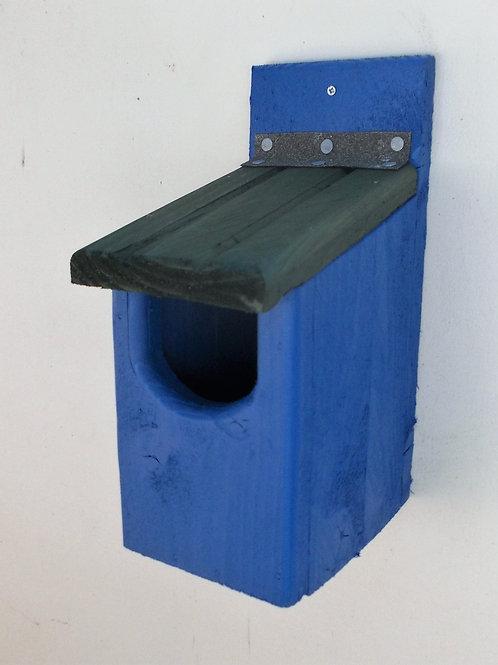 'Basic Robin' Bird Box - Coloured Version