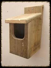 Basic Robin Bird Box - Henry's Bird Boxes