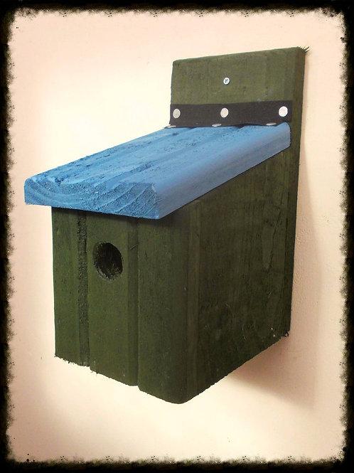 'Basic' Bird Box - Coloured Version