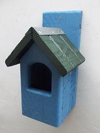 Classic Robin Bird Box Sky Blue & Green