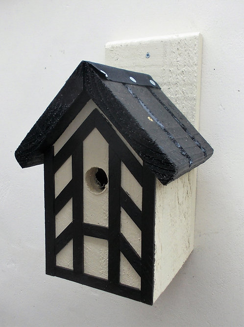 'Tudor' Bird Box - Various Colours