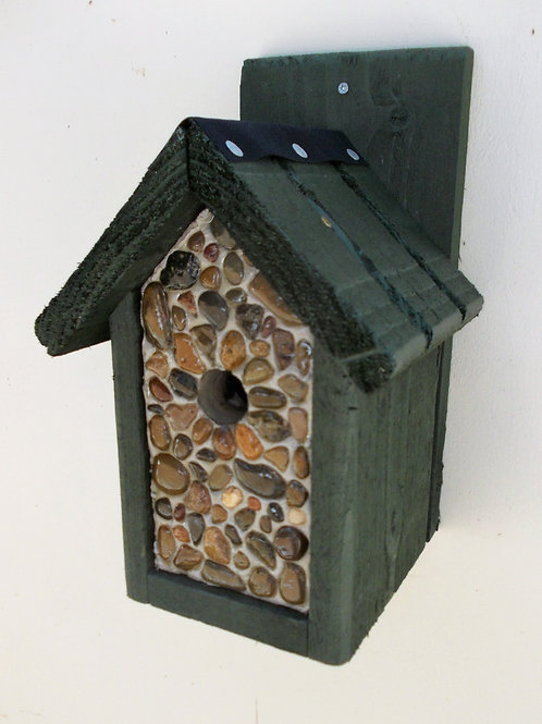 'Pebbled Classic' Bird Box