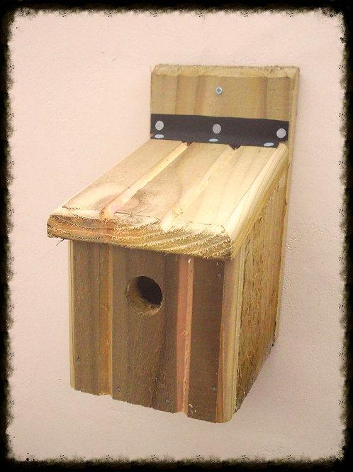 'Basic' Bird Box - Natural Finish