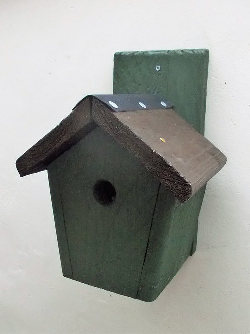 'Cottage' Bird Box - Coloured Version