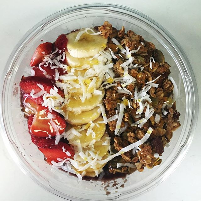 Our Swami Acai Bowls make an OM-amazing afternoon snack!!! #swamirevolution