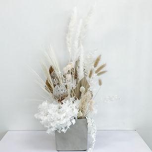 Field breeze - dried flowers