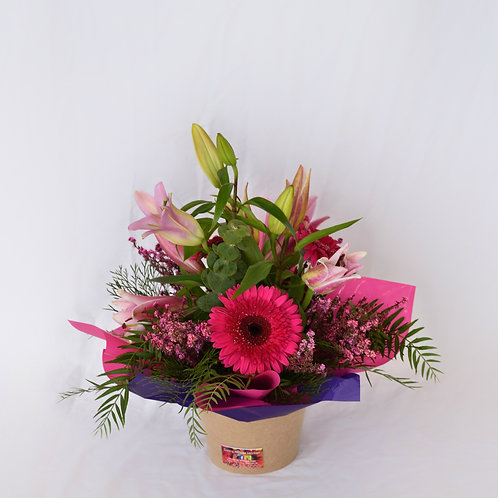 Small pot of mixed flowers #10342