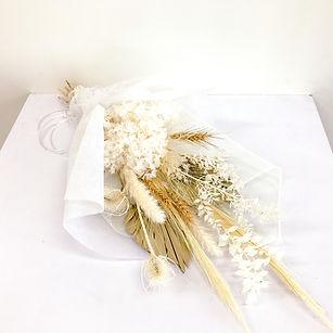 Gentle love - dried flowers