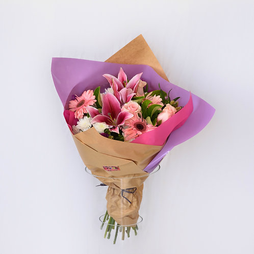 Large bouquet of mixed flowers #10436