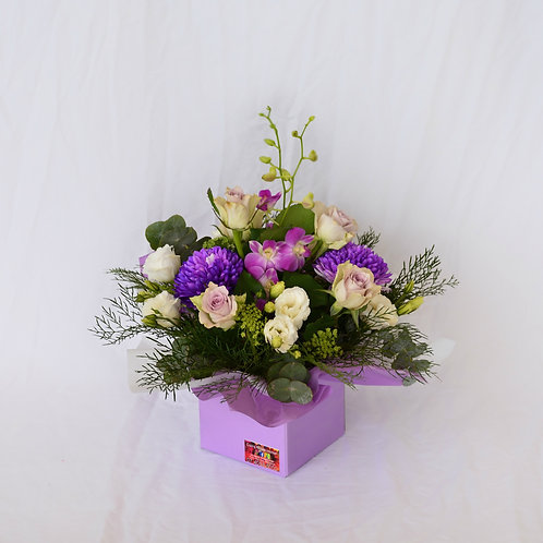 Box of mixed flowers #10326