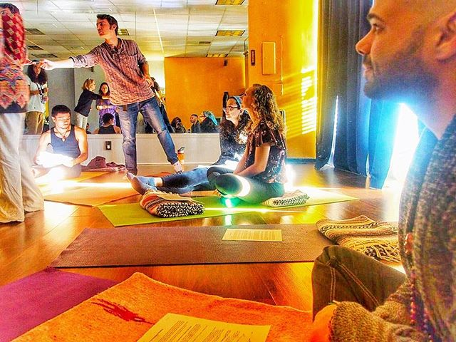 A moment captured from our _Explore The Shadow_ event with _ourcommonunity, _divinetiming101, _growe