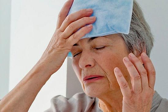 кружится голова у бабушки, кружится голова у дедушки, головокружения у пенсионеров