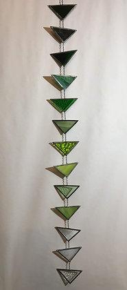 Green Gradient Chain