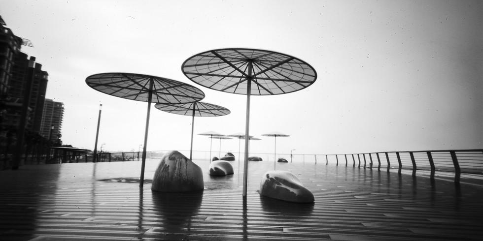 סדנת יצירה עם מצלמת נקב - בהנחיית הצלמים גיל לוין ואתי נמיר