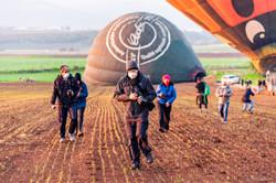 20201225 - Balloons at Gilboa w PhotoTips - 075218