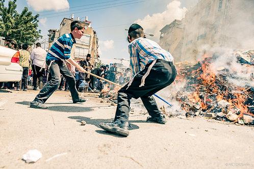 סדנת צילום רחוב עיתונאי - ביעור חמץ בבני ברק